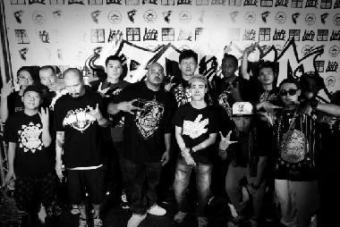 嘻哈天王黃崇旭友情站台 大支和美國饒舌團體Foesum台灣行