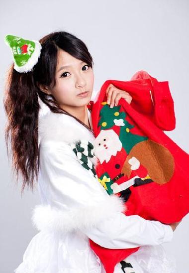 日媒眼中2013華人演藝圈10大名流 許雅涵名列最幼齒